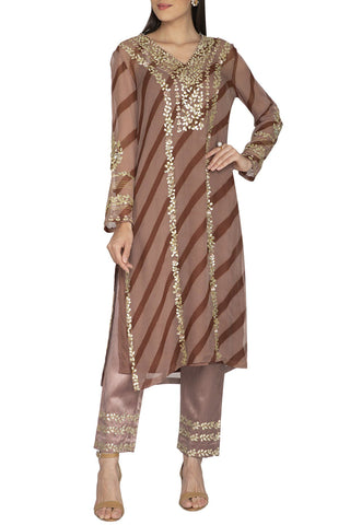 Beige Leheriya Kurta with Slim Pants - devnaagri