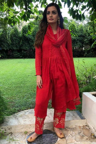 Dia Mirza In Red Kurta with Embroidered Pants