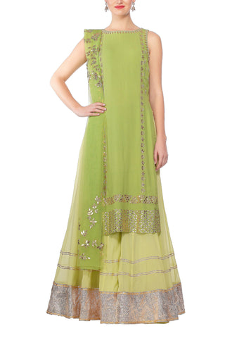 Green Kurta with a Net Dupatta Set - devnaagri