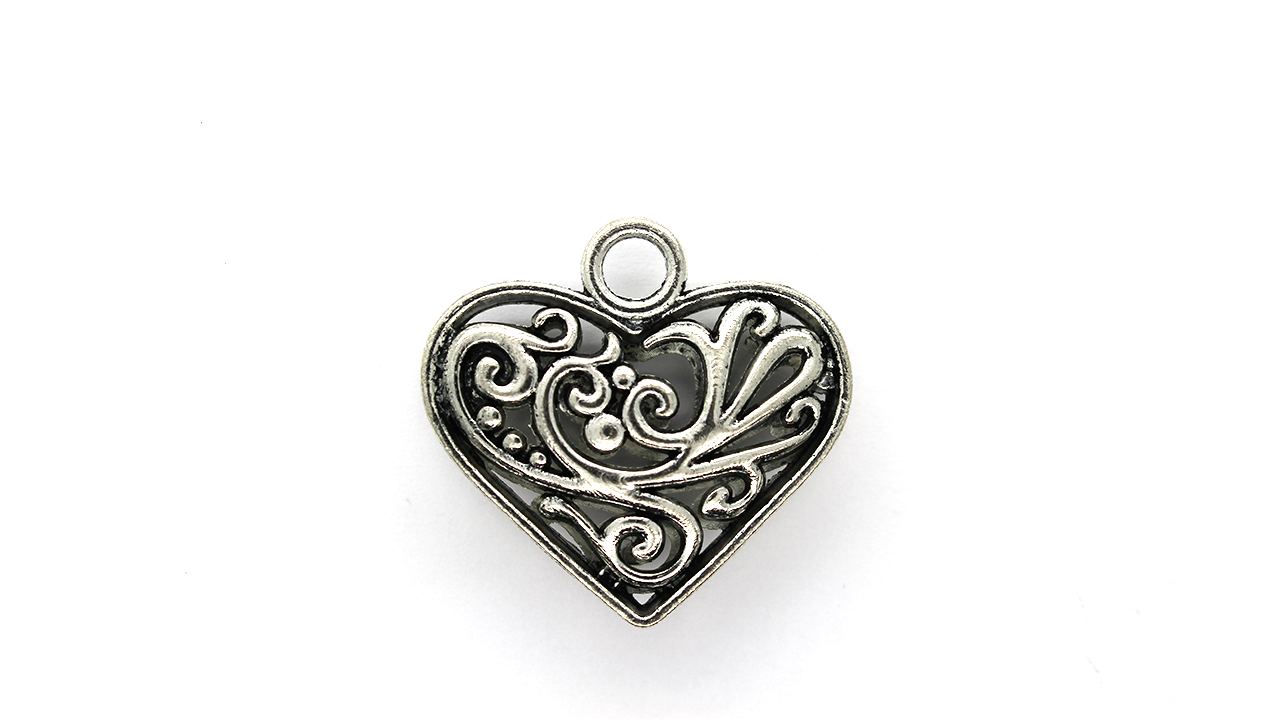 Pendants, Heart of Vines, Silver, Alloy, 29mm x 31mm X 8mm, Sold Per pkg of 1