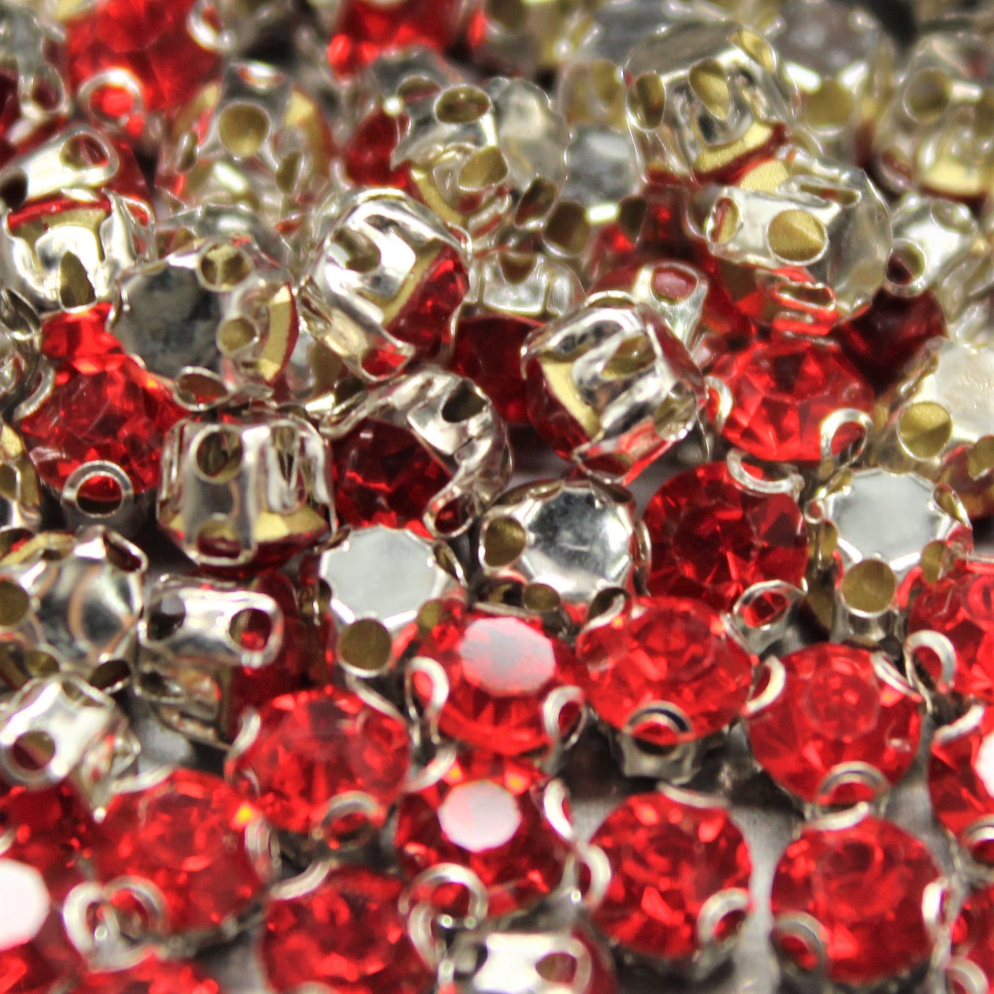 Chaton Montees, SS-14, Alloy, Red, 4mm x 4mm, Sold per pkg of 60