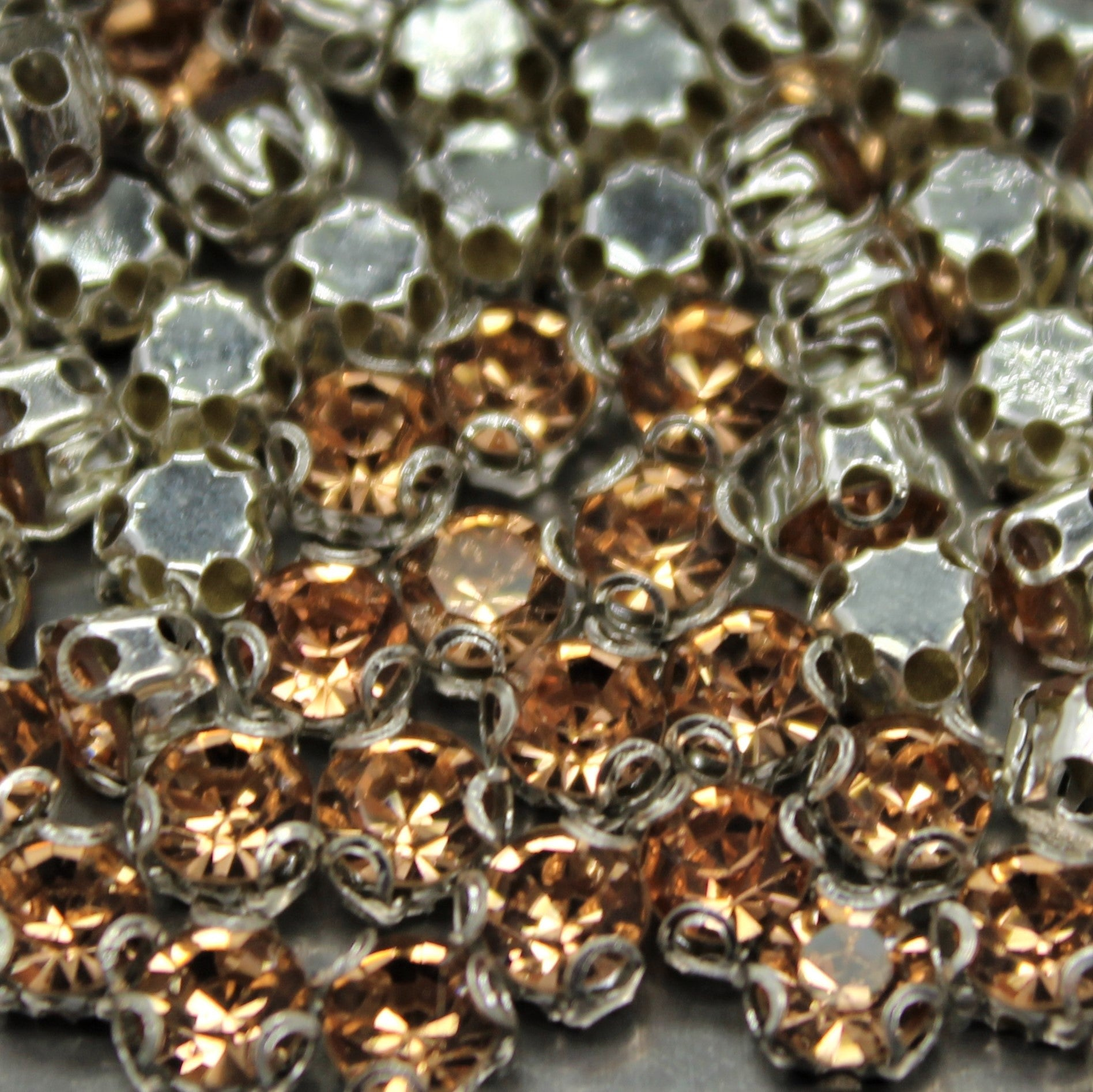 Chaton Montees, SS-14, Alloy, Peach, 4mm x 4mm, Sold per pkg of 60