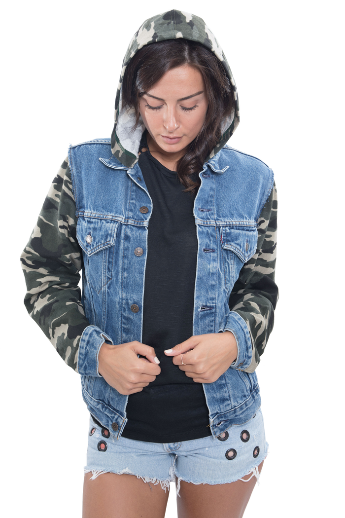 camo sleeves denim jacket
