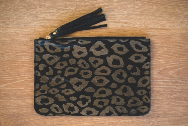 ALOLA MAUI Cheetah Dreams Leather Clutch | Black