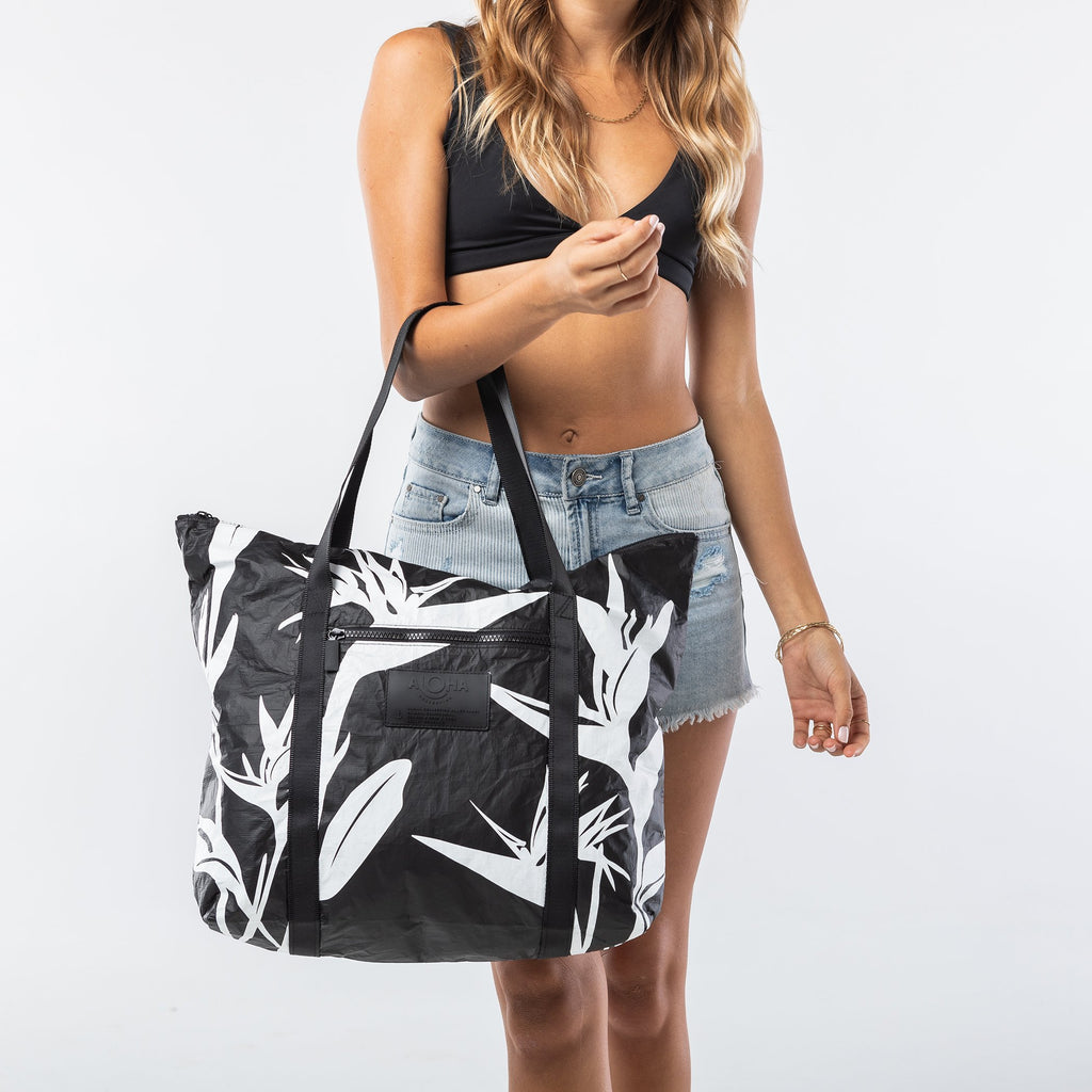 ALOHA COLLECTION Birds in Paradise Tote