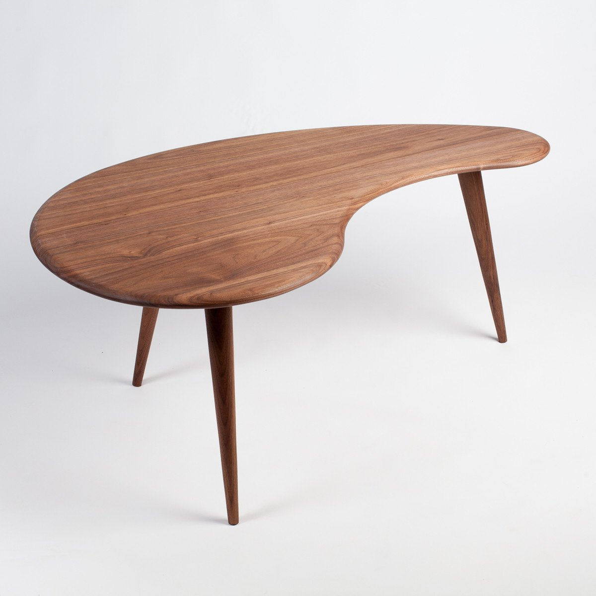Superbe Kidney Bean Mid Century Modern Coffee Table.