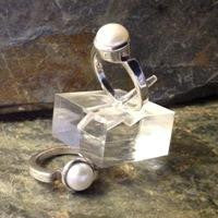 Ring - Pearl in .925 Sterling Silver - J-Band style