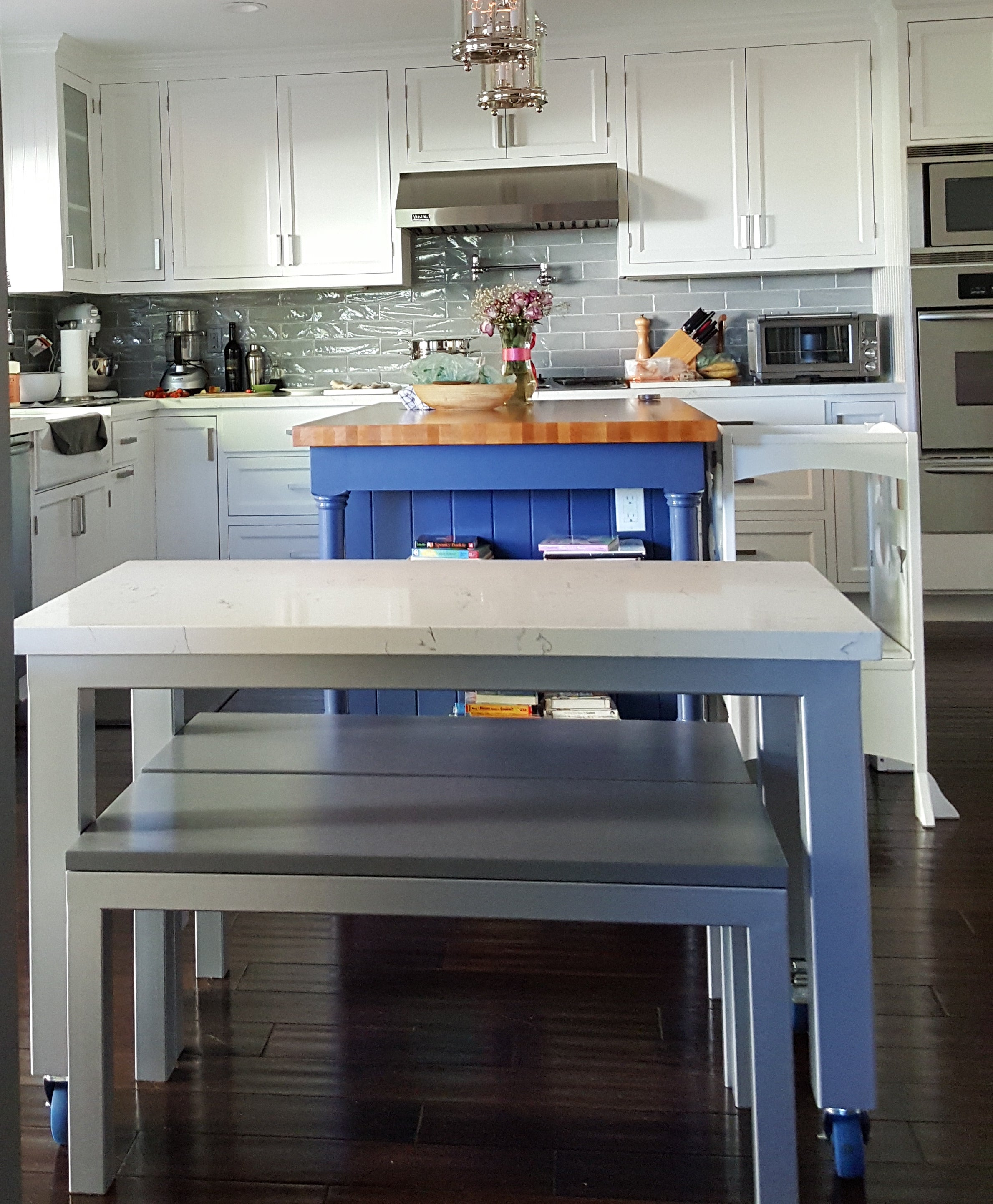 Marble Kitchen Rolling Dining Table And Bench