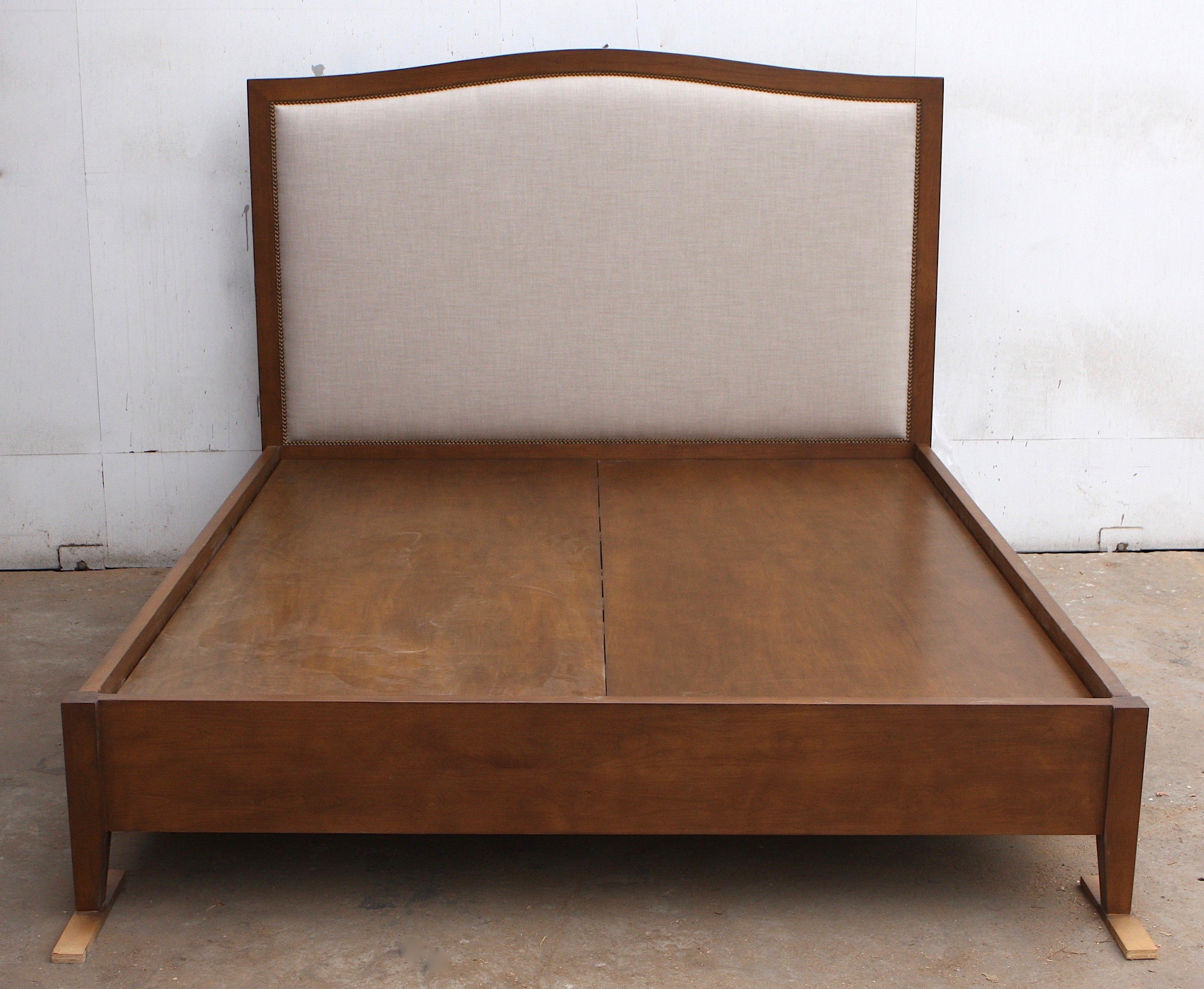Upholstered Platform Bed With Wood Frame Mortise Tenon