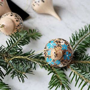 Wooden Ornament | No. 8