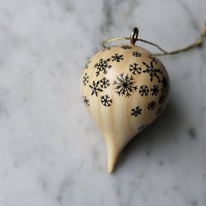 Wooden Ornament | No. 30