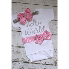 jennifernoeldesigns.com hello world take home outfit