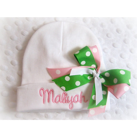 Personalized Infant Hat with name and bow, personalized newborn baby girls hat, personalized newborn beanie, personalized newborn hospital - Jennifer Noel Designs