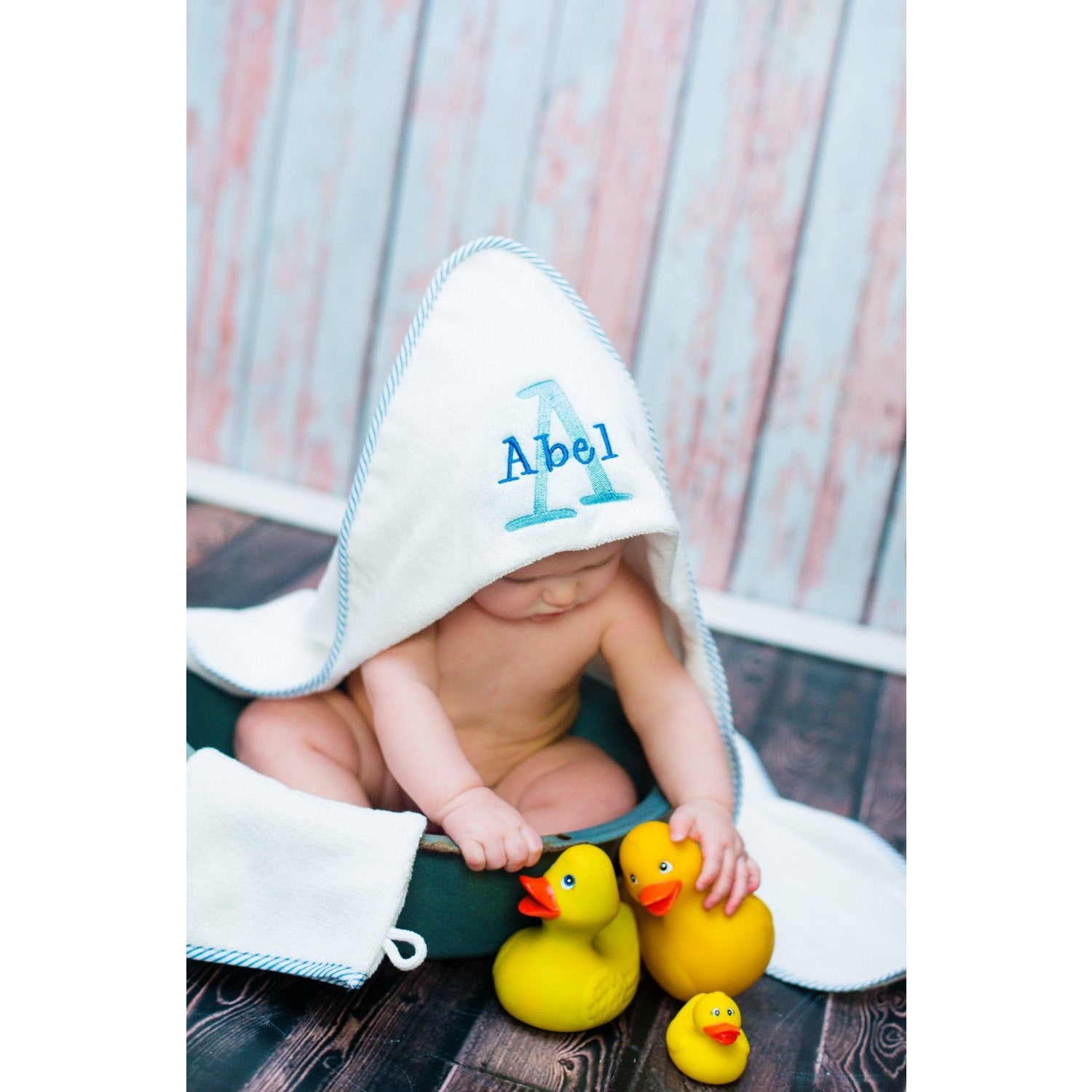 Personalized Infant Hooded Towel and Mitt Set, Monogrammed towel, newborn gift, Baby Towel, - Jennifer Noel Designs
