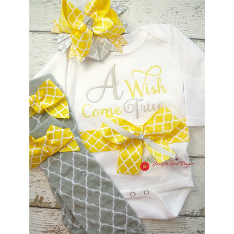 Personalized Girls Coming Home Outfit in Grey and yellow, Take  Home Outfit,  baby layette gown, or onepiece bodysuit, legwarmer and Hat Set - Jennifer Noel Designs