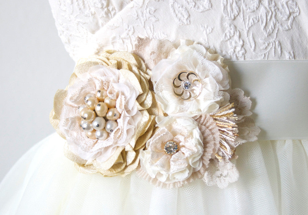 Floral Ribbon Sash - Vintage White and Cream Blossoms