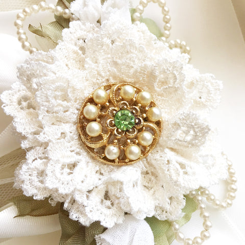 Green Wedding Brooch