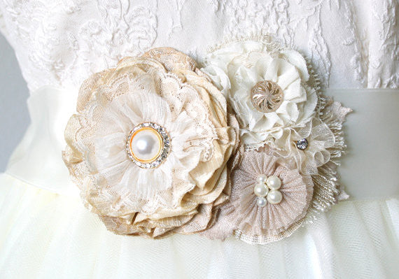 Pearl Floral Bridal Sash - Ivory and Natural White Blossoms