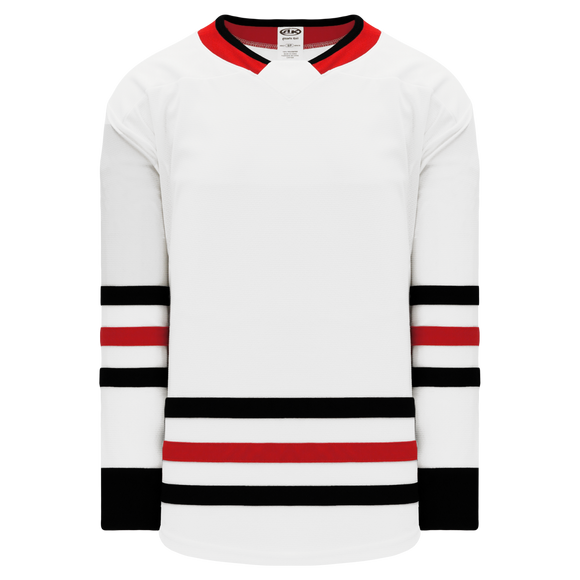 Athletic Knit (AK) H550BA-CHI495B Adult 2017 Chicago Blackhawks White Hockey Jersey