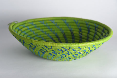 Handwoven Raffia Basket (medium)