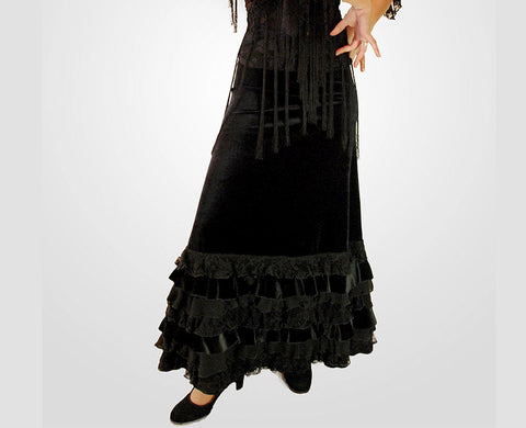 Flamenco dance skirt Romera |  Falda baile flamenco Romera