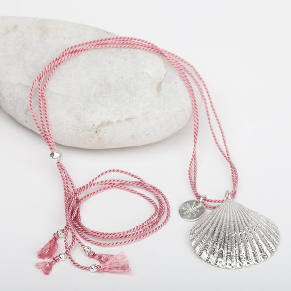 Scallop Shell Silk Necklace