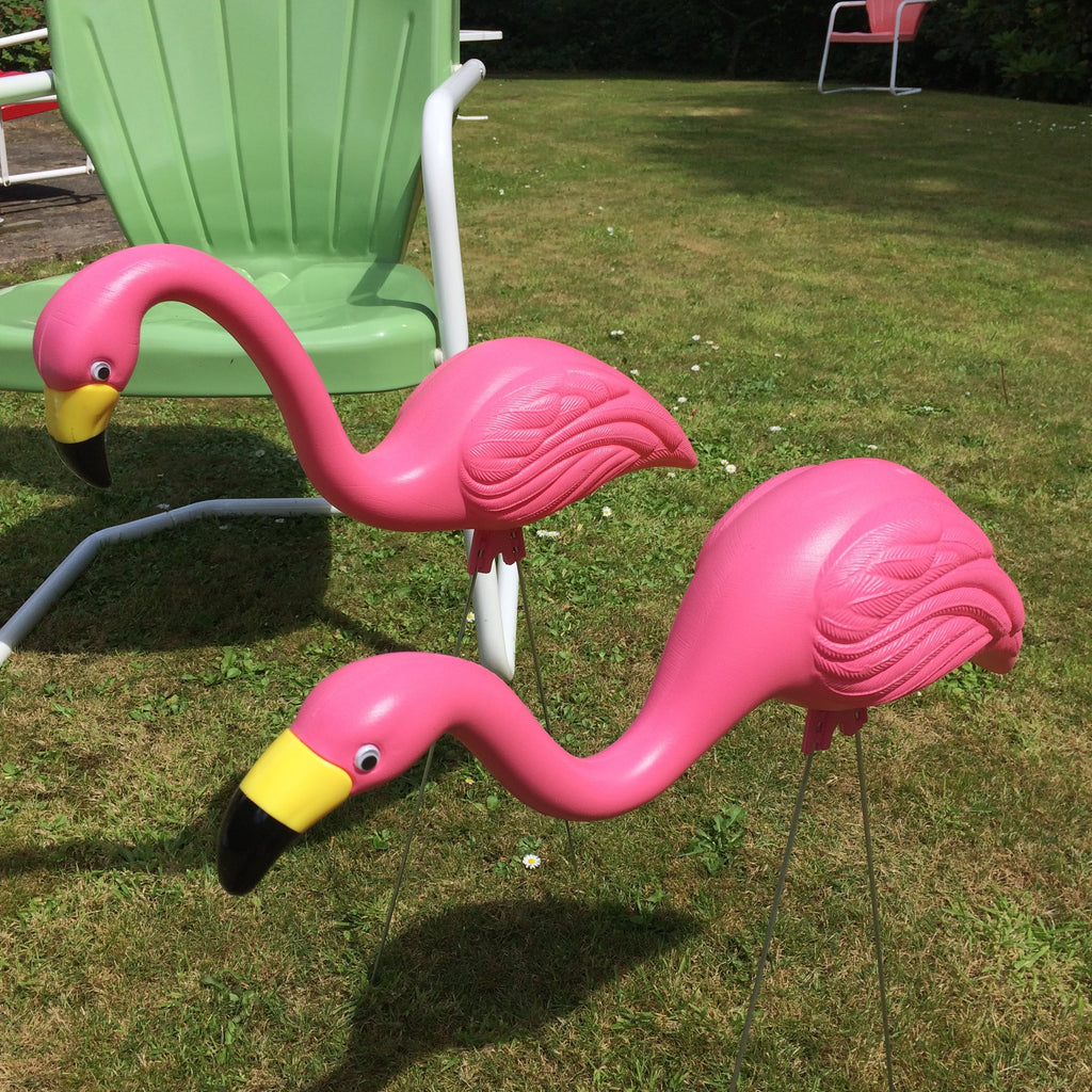 USA Made Flamingos All weather, UV treated in vibrant pink #flamingolove #50s #kitsch