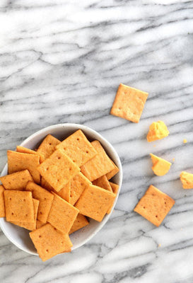 Simple Mills Farmhouse Cheddar Almond Flour Crackers