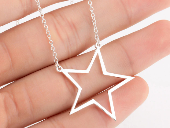 Stars Hollow Necklace