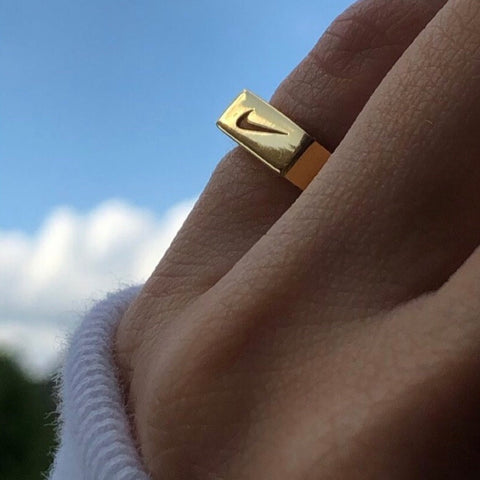 Justdoit Signet Ring Gold