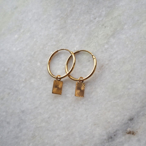 Lumen Hoop Square Charm Goldplated