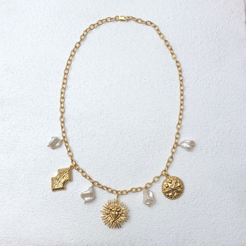 Hera Sun Charm Necklace Gold