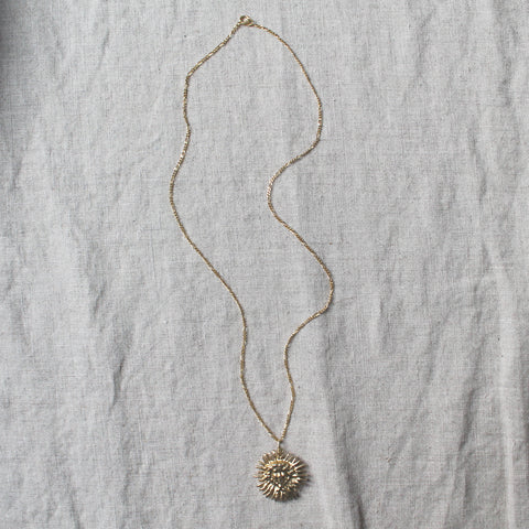 Hera Sun Necklace Gold