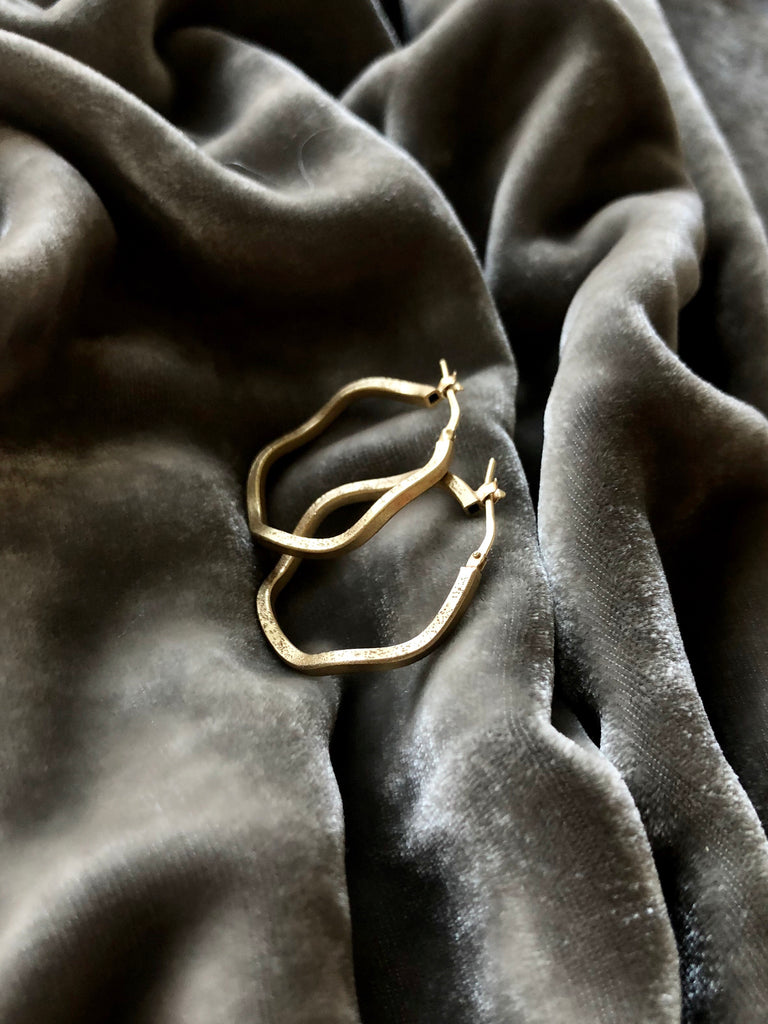 Twist Hoop Goldplated