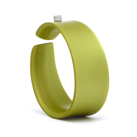 Wide Jetson Bangle