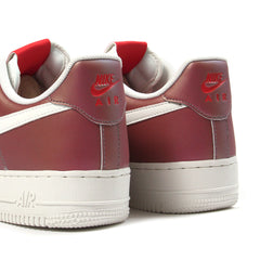 Nike Air Force 1 '07 LV8 (Track Red/Summit White)