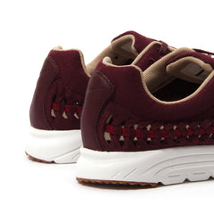 Nike Womens Mayfly Woven (Night Maroon/Noble Red)