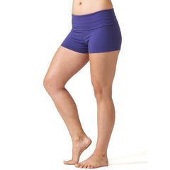 Love Yoga Shorts deep purple