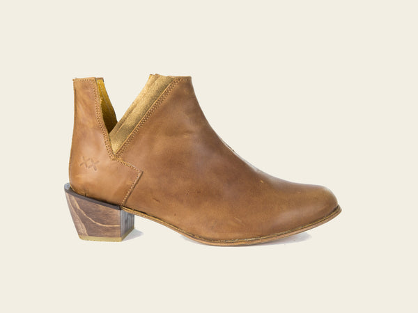 Womens Mohua Brown Boots by Bestias