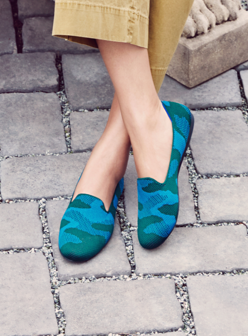 The Loafer in Teal Camo shown on model. The Vanity Set in Deep Teal shown stacked on a ledge.