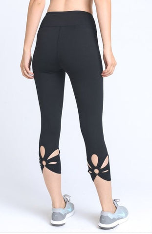 O-Ring Cutout Capri Leggings by Mono B - Black