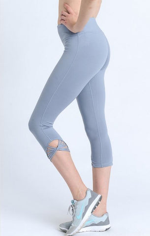 Webbed Capri Leggings by Mono B - Black