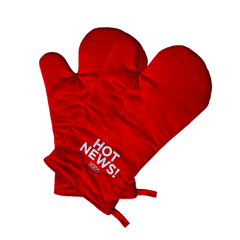 NPR Hot News Oven Mitt Set