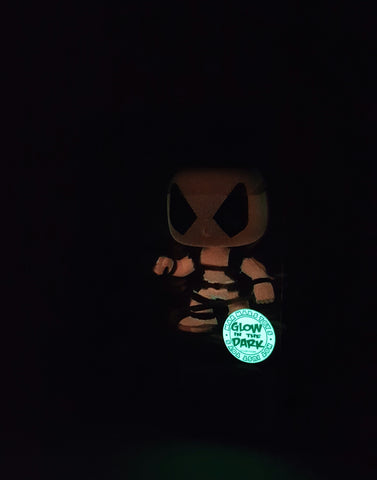 DEADPOOL MARVEL UNIVERSE FUNKO POP 20 VINYL FIGURE GLOW IN THE DARK