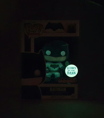BATMAN HEROES BATMAN VS SUPERMAN DAWN OF JUSTICE POP 84 GLOW IN THE DARK - MARMARSTOYS