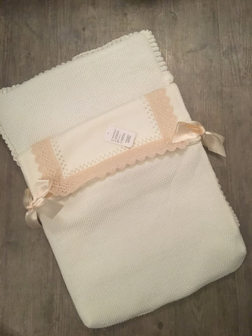 Cream & Camel Bow Baby Nest