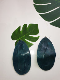 Leather flexi statement earrings - Blue