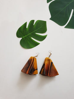 Leather statement earrings - marble and tan
