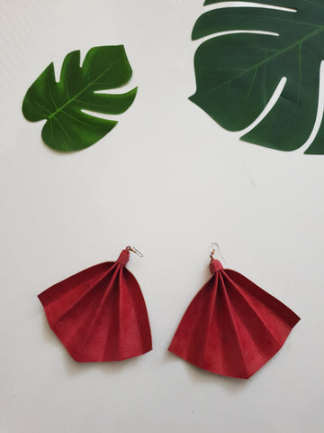 Leather statement earrings - fuchsia