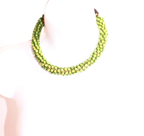 Green wooden choker necklace